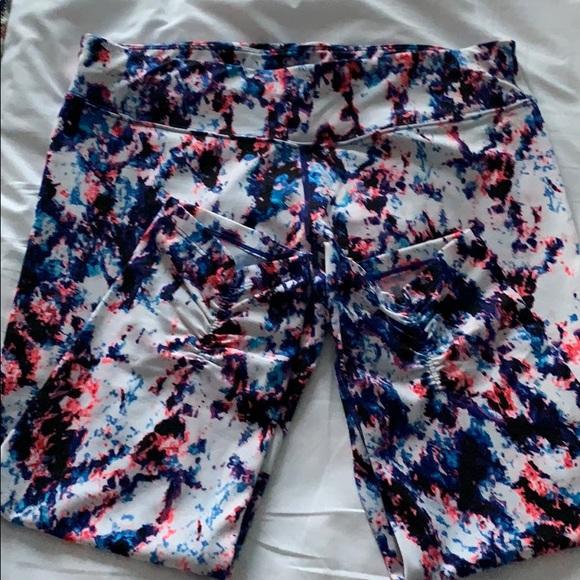 Calvin Klein Pants - Calvin Klein athletic capris yoga leggings Sz L
